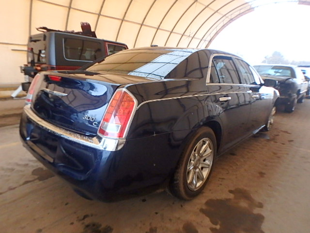 2013 CHRYSLER 300C 5.7L