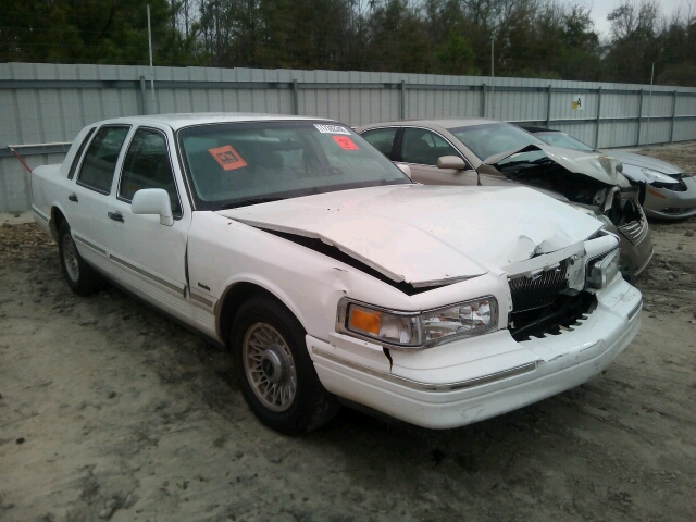 1LNLM81W8VY735946 - 1997 LINCOLN TOWN CAR E