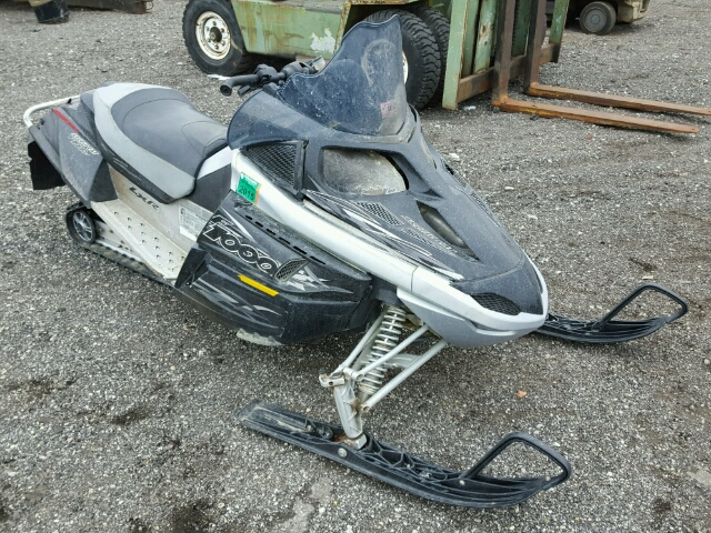 Salvage S | 2007 Arctic Cat Snowmobile