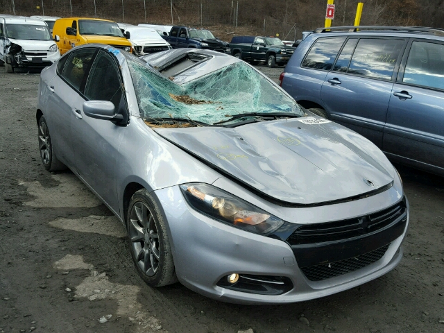 Salvage V | 2015 Dodge Dart