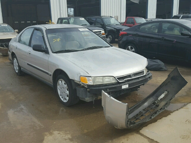 1HGCD5539TA293981 - 1996 HONDA ACCORD