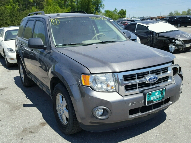 1FMCU0DG8BKA28530 - 2011 FORD ESCAPE XLT