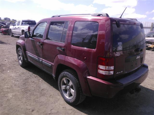 1J8GN28K68W226997 - 2008 JEEP LIBERTY SP