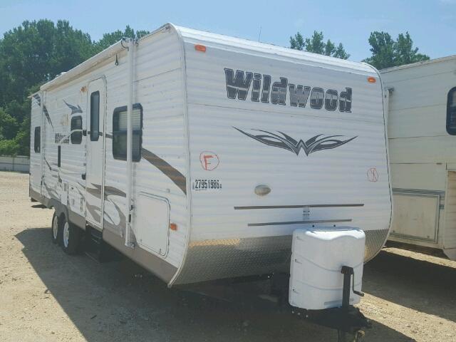 4X4TWDB27CR342024 - 2004 FORE WILDWOOD