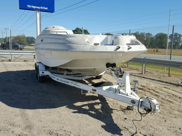 Salvage 2000 Star BOAT for sale