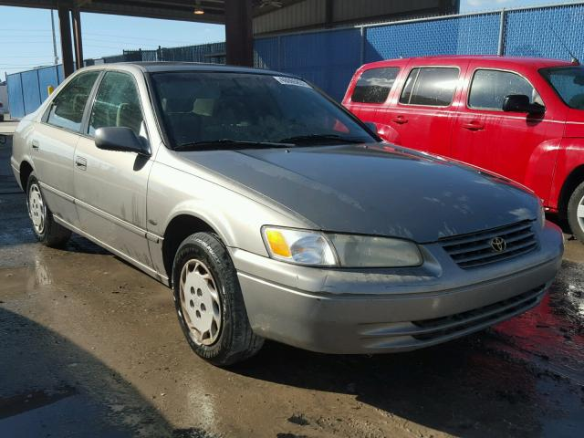 1997 TOYOTA CAMRY CE 2.2L