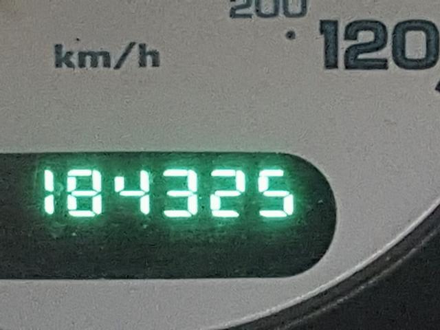 2003 CHRYSLER TOWN & COU 3.8L