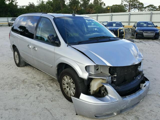 2005 CHRYSLER TOWN & COU 3.3L