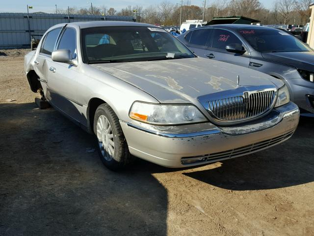 Auto Auction Ended On Vin 1lnhm83w53y687001 2003 Lincoln Town Car C