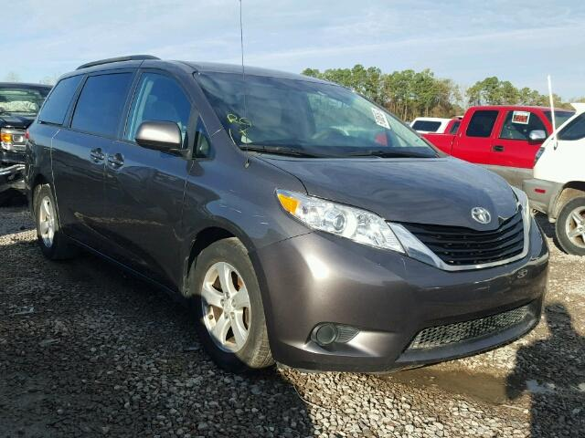 2014 toyota sienna le for sale tx houston salvage cars copart usa. Black Bedroom Furniture Sets. Home Design Ideas