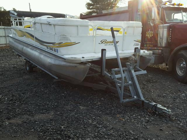 Salvage 2010 Acura MARINE TRAILER for sale