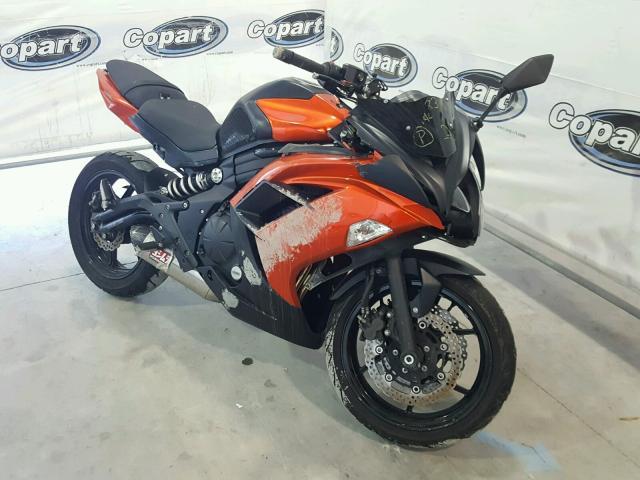Salvage 2014 Kawasaki EX650 E for sale