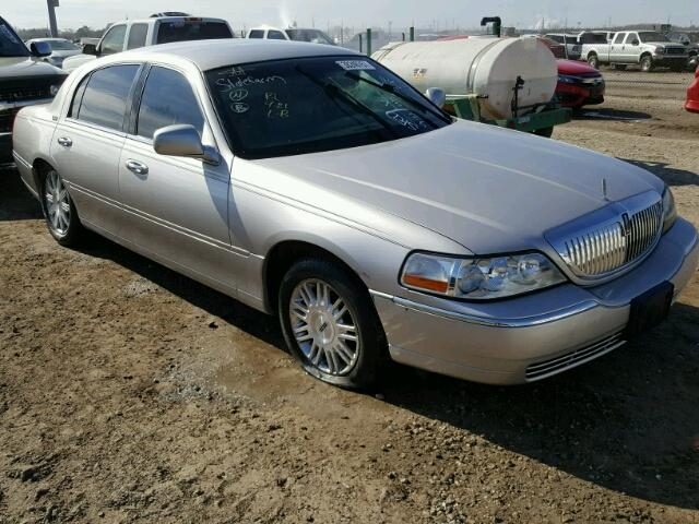 Auto Auction Ended On Vin 2lnbl8cv2bx757472 2011 Lincoln Town Car S