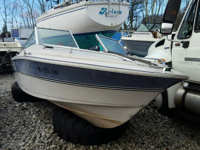 Salvage 1988 Larson BOAT for sale