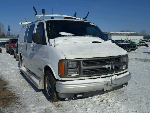 Salvage cars for sale from Copart Columbia Station, OH: 1999 Chevrolet Express G2