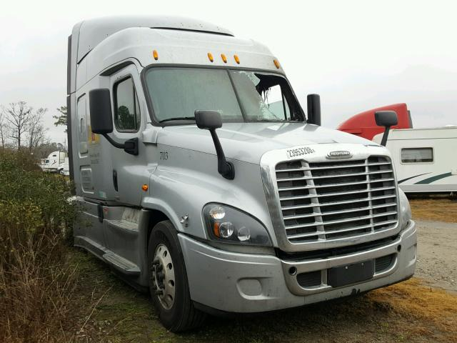Salvage 2015 FREIGHTLINER ALL MODELS - Small image. Lot 23953288