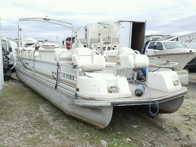 Salvage 2005 Land Rover BOAT for sale