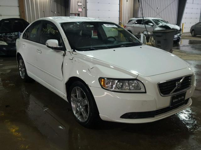 2010 volvo s40 2 4i for sale pa pittsburgh south tue mar 06 2018 salvage cars copart usa. Black Bedroom Furniture Sets. Home Design Ideas