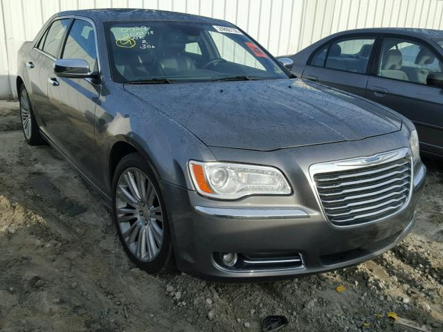 2012 CHRYSLER 300C 5.7L