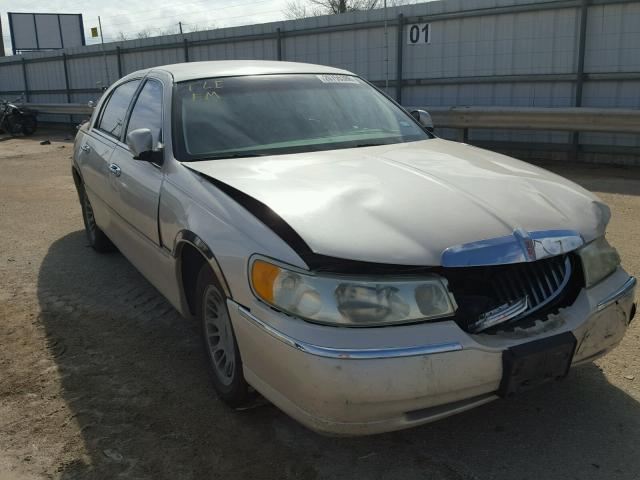 2001 LINCOLN TOWN CAR C   Left Front View Lot 26755388.