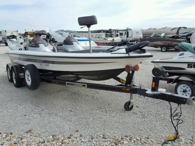 Salvage 2007 Legend BOAT for sale