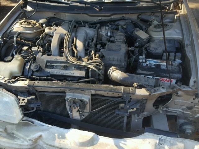 1YVGF22D525263738 - 2002 Mazda 626 Es 2.5L inside view