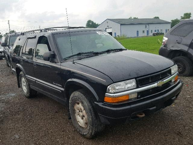 Salvage 2001 Chevrolet BLAZER for sale