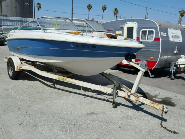 Salvage 1996 Larson BOAT for sale