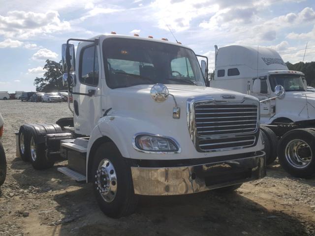 1FUJGNDR8BDBB4515 | 2011 WHITE Freightliner Convention on