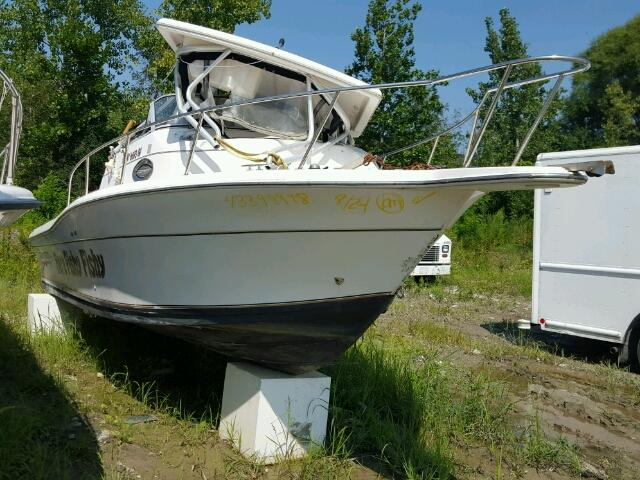 Salvage 2002 Sptc BOAT for sale