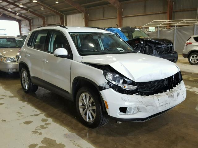 click here to view 2017 VOLKSWAGEN TIGUAN S at IBIDSAFELY