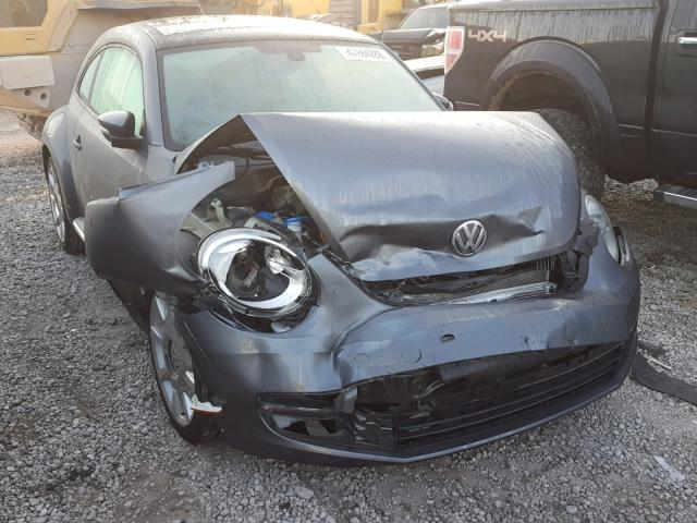 click here to view 2016 VOLKSWAGEN BEETLE SE at IBIDSAFELY