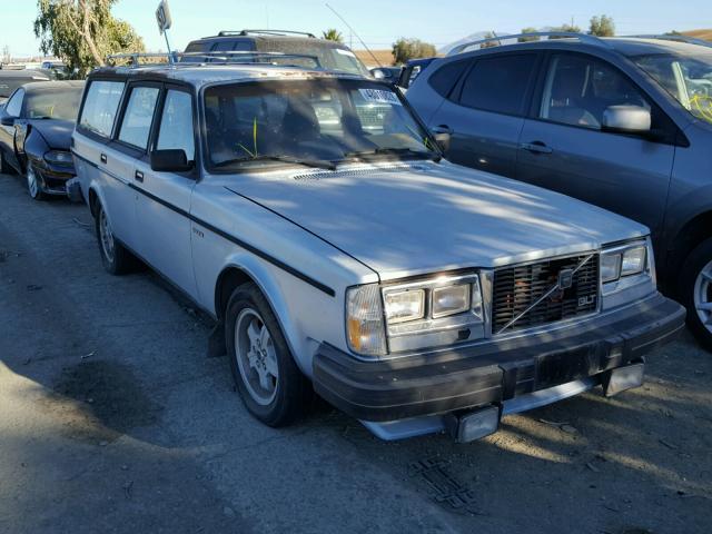 YV1AX4550B1354331-1981-volvo-245-0