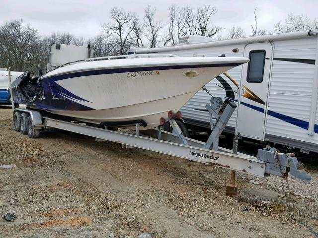 Salvage 1998 Fountain BOAT for sale