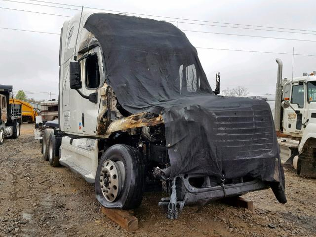 Salvage cars for sale from Copart Chatham, VA: 2012 Freightliner Cascadia 1