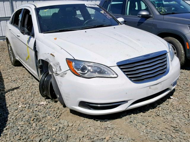 click here to view 2014 CHRYSLER 200 LX at IBIDSAFELY