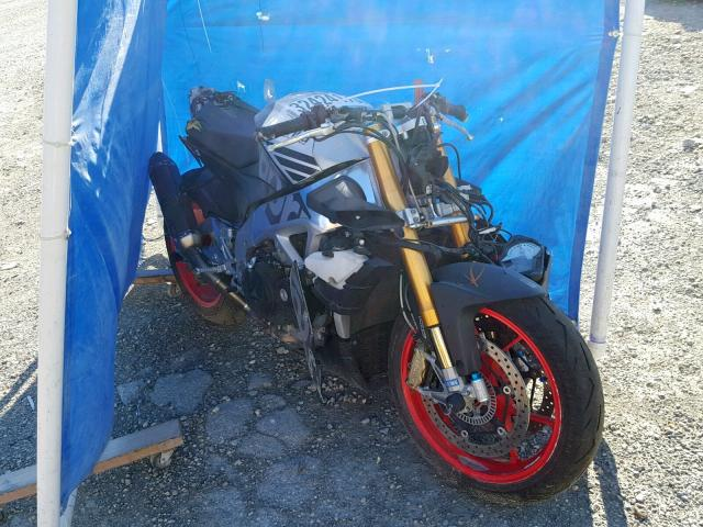 click here to view 2016 APRILIA TUONO V4 1 at IBIDSAFELY