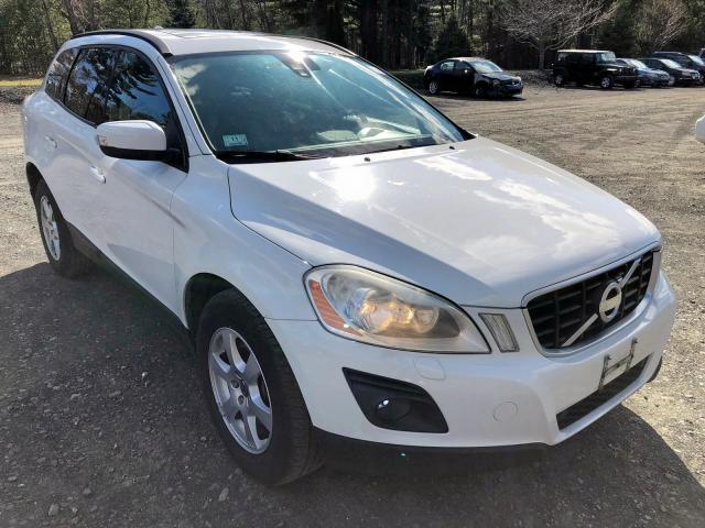 click here to view 2010 VOLVO XC60 3.2 at IBIDSAFELY