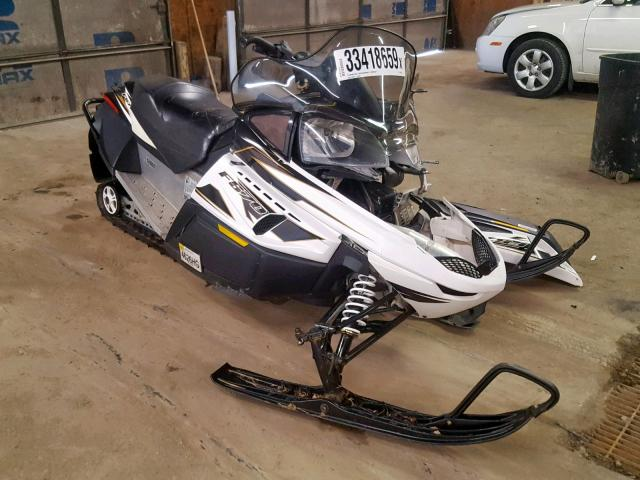 click here to view 2008 ARCTIC CAT SNOWMOBILE at IBIDSAFELY