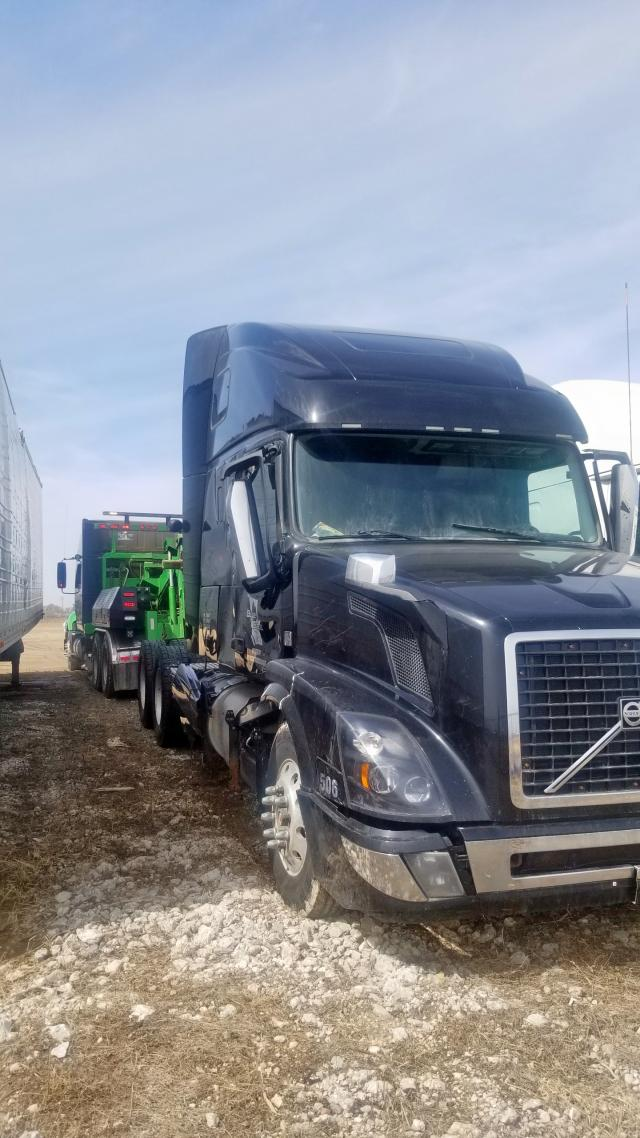 Volvo VN VNL salvage cars for sale: 2016 Volvo VN VNL