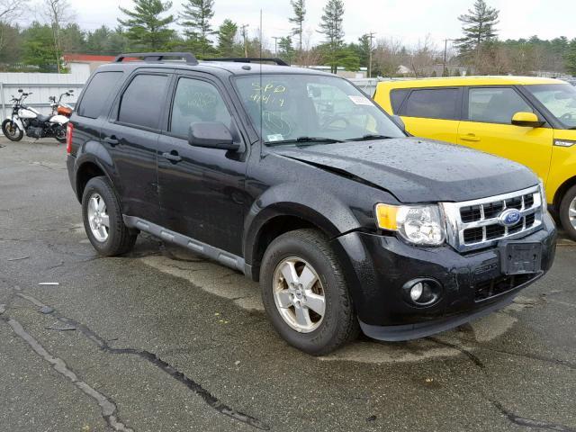1FMCU9DG0BKC12025-2011-ford-escape-xlt