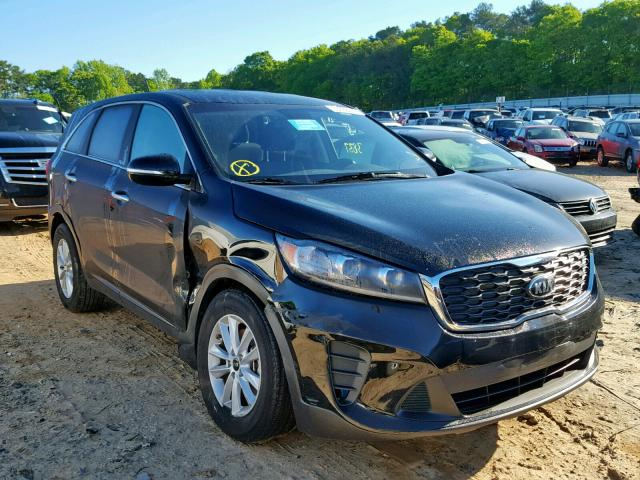 Salvage 2019 KIA SORENTO LX for sale