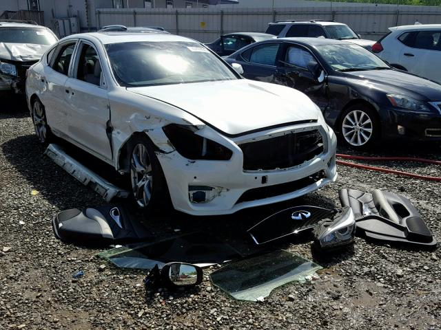 click here to view 2016 INFINITI Q70 3.7 at IBIDSAFELY