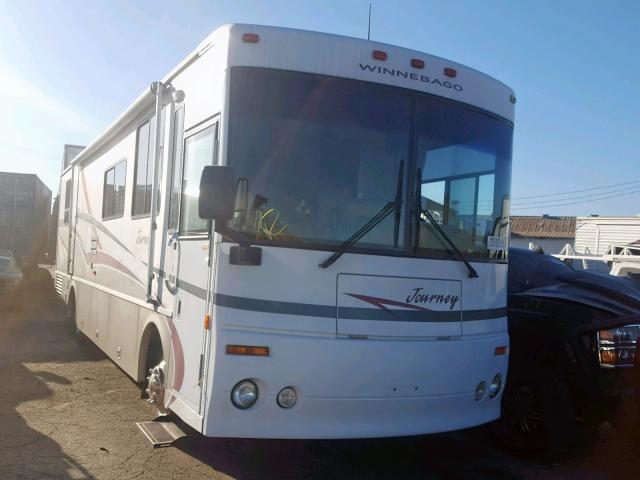 click here to view 2000 WINNEBAGO JOURNEY at IBIDSAFELY