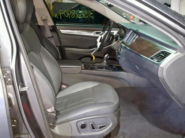 2015 Hyundai Genesis 3 3 8l 6 For Sale In North Billerica Ma Lot 33628409