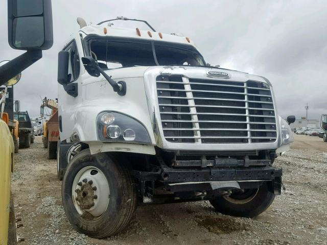 click here to view 2016 FREIGHTLINER CASCADIA 1 at IBIDSAFELY