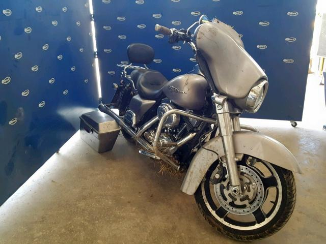 click here to view 2008 HARLEY-DAVIDSON FLHX at IBIDSAFELY