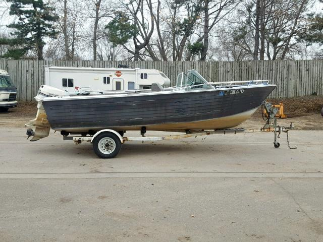 click here to view 1985 CRST BOAT at IBIDSAFELY
