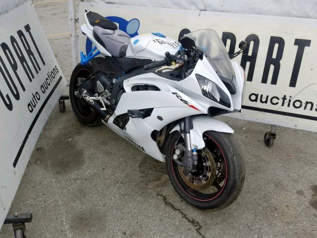 click here to view 2010 YAMAHA YZFR6 at IBIDSAFELY
