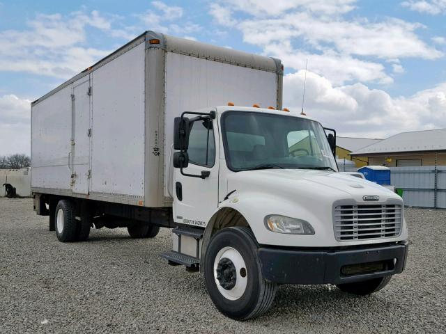 click here to view 2005 FREIGHTLINER M2 106 MED at IBIDSAFELY
